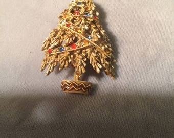 Vintage Christmas tree Brooch/pin