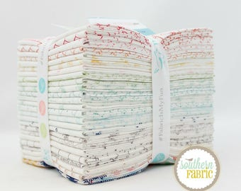 "Bee Backgrounds - Fat Quarter Bundle - 25 (18""x21) by Lori Holt by Riley Blake (FQ-6380-25)"