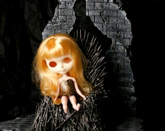 Roombox Diorama Games of Throne Dollhouse Blythe  Monster High Dal Pullip Lati Yellow Barbie Furniture Monster High Momoko