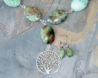 Tree of Life Jewelry Set, Natural Stone Jewelry Set, Gaspeite Jewelry Set, Green Jewelry Set, Green Stone Necklace, Tree Jewelry Set