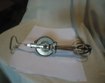 Vintage Ladd Egg Beater, collectable