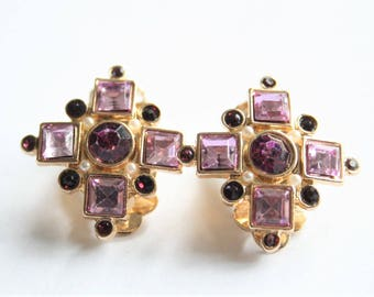 Vintage purple earrings.  Clip on earrings. Purple crystal earrings.  Vintage jewellery