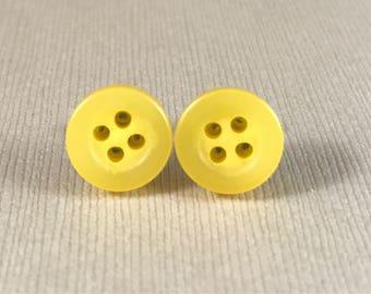 Earrings, stud, yellow, button, nickel free