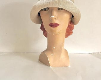 AWAY SALE 20% off vintage 1920s cloche hat - CHAMPAGNE  straw flapper hat