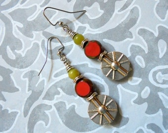 Coral, Light Olive Green and Silver Sunburst Earrings (3593)