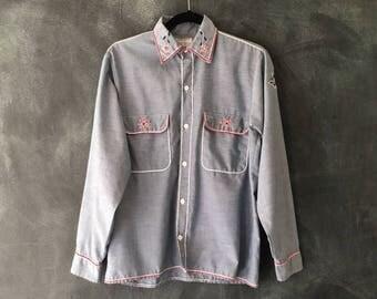 70s Chambray Oxford Chainstitch Western Wear Boho Hippie Denim Shirt Mens Size S/M, Ladies M/L