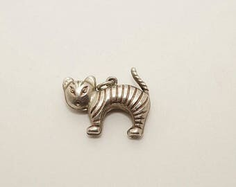 Rare Vintage Sterling Puffy Scaredy Cat Charm