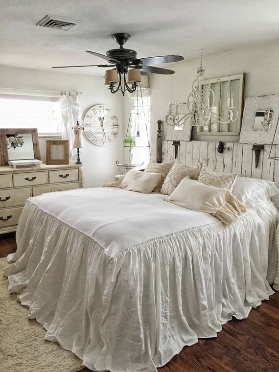Ruffled BedSpread | Shabby Chic Bedding | Ruffled Bed Cover | Ruffled Coverlet | Ruffled Bedding | Linen Bedding | Ruffled Bedding