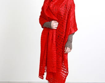 Cobweb red carmen felt shawl, red waves, long shawl, wool materials, cosy, elegant, Regina Doseth handmade in Lithuania EU