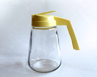 Vintage 1950's Mid Century Syrup/Dressing Pourer Bottle with Yellow Top!
