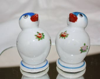 Salt and Pepper Shakers Blue Birds Hand Painted Made in Japan