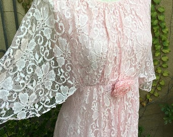 25% OFF SALE Vintage 1970s pink lace hippie caplet wedding maxi cocktail formal dress size M L
