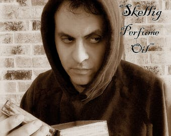 SKELLIG™ Perfume Oil - Stone, Ocean Water, Parchment, Earth, Wood and Moss, Driftwood, Herbal notes, Ink notes, Dry Amber