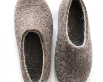 Gray felt slippers Men Wool Slippers House Men Shoes, Felted Slippers House shoes Women Grey Gray Slippers Felt Organic Warm cozy Gift Dad