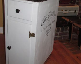Storage Jelly Cupboard Island on wheels with French Script