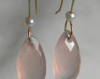 Beautiful handmade 14k solid yellow gold with pink Chalcedony pyramid shape stone with small natural pearls,