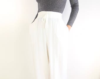 VINTAGE White Pants Casual Lounge 1990s Crinkle