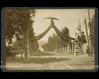 1890s Photo EAGLE GATE MONUMENT by Salt Lake City Utah Photographer C.W. Carter
