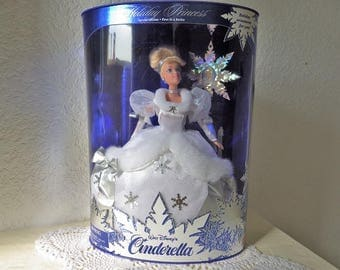 Holiday Princess Walt Disney's Cinderella Doll, NRFB, 1996. Special Edition. First in a Series
