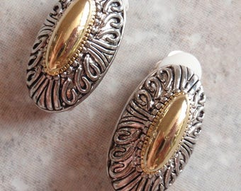 Two Tone Earrings Gold Silver Oblong Filigree Style Clip On Vintage V0857