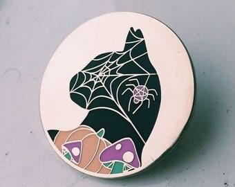 Halloween cat pin by Hannah Daisy - hard enamel 38mm