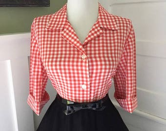 Vintage Cotton Red & White Checkered Gingham Plaid 1960s 1970s Rockabilly Button Down Short Sleeve Blouse