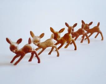 Vintage Christmas Reindeer Figurines, Miniature Plastic Deer, 5 Tiny Craft Figurines, Diorama Ornament, Fairy Garden, Putz Village Reindeer