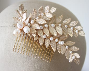 Gold leaf bridal comb, leaf and pearl wedding comb, wedding comb, ivory and gold hair comb, decorative hair comb