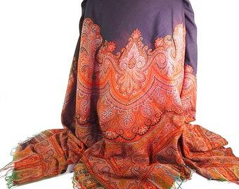 Antique Kashmir Shawl in Wool Paisley Design c 1900
