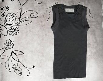 Tank top black/crochet tie shoulders/Sleeveless knit tee
