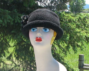 Knit Felt Brimmed Bowler Crusher Hat Coal Black Felt Pin