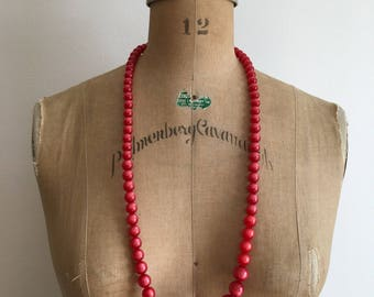 1950s 1960s Red Long Moonglow Lucite Bead Necklace 50s 60s
