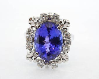14k White Gold 11.65ct Oval Tanzanite and 1ctw Diamond Ring- Size 12.75