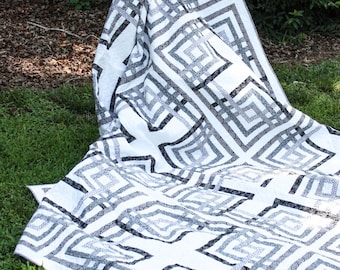 "SALE - King/Queen Size Modern Quilt - Carpenter's Square Quilt - READY-2-SHIP - Black and Grey Quilt  -  90"" x 103"""