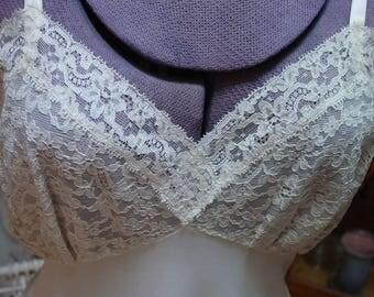 Vintage Full Slip Van Raalte Size 34 Lots of Luscious Lace