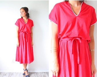 30% OFF SALE Vintage red summer dress // beach dress // short sleeve red dress // summer sunshine dress // 1960's 1950's dress // mod modest
