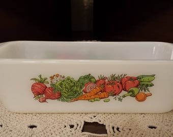 Beautiful! 1960s Vegetable Medley Glasbake J522 1 1/2 Qt Loaf Pan/Casserole Dish