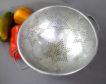 Vintage Colander,  Strainer, Sieve, Aluminum Colander , Star Design