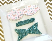 READY to SHIP Wool Felt 2.5 inch chunky bow  DIY birthday cake leather bow with mint  glitter tail and center Set of 2