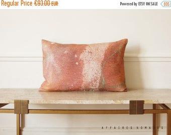 "ON SALE Pink throw pillow Milky Way / Linen oblong art pillowcase Galaxy 14""x 22""... / FRAGMENTS"