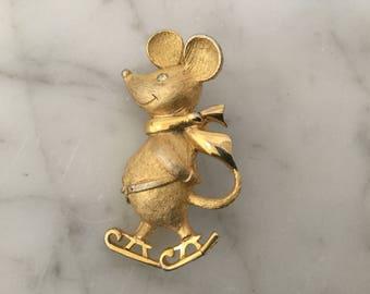 Vintage Emmons Mouse Ice Skating Brooch