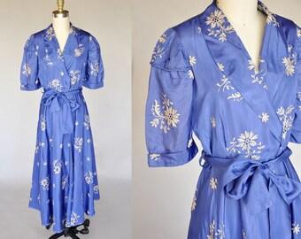 40s dress | vintage 40s royal blue dressing gown | floral design, open weaving, belted