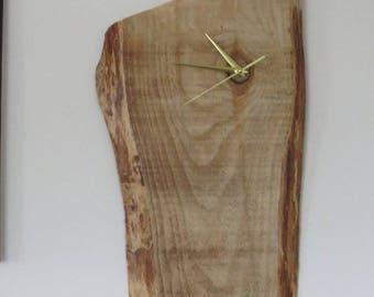 Handmade wooden clock with silent mechanism (No.1)