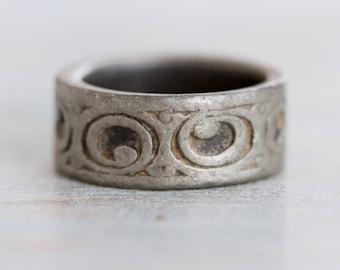 Pewter Ring Band - Chunky Thumb Ring Primitive Tribal Circles - Size 9