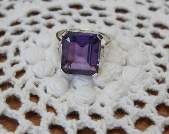 Vintage Amethyst Ring  9.90 ct Sterling Size 8  Excellent Condition