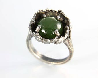 Brutalist Ring, Jade Ring Oxidized Sterling silver, Deep Green, Modernist vintage jewelry