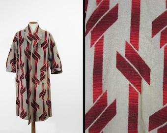 Vintage Beacon Blanket Robe 1940s Red Modern Pattern Long Menswear - Medium