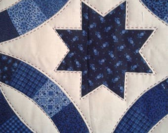 Stars and Circle Lap Quilt