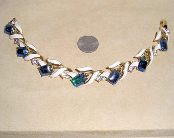 Vintage Kramer Iridescent Glass Enamel Bracelet With Lavender Rhinestones Late 1950's Signed Jewelry 11233