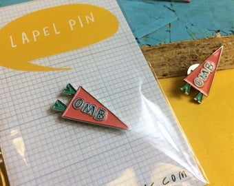 Lapel Pin Welsh OMB oh mam bach Pennant Banner Coral Teal White Resin Silver Metal Brooch Pin